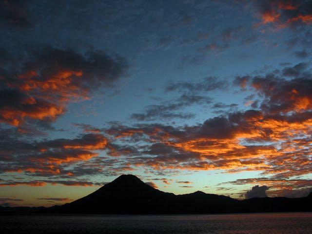 sss-Sunset & Volcano