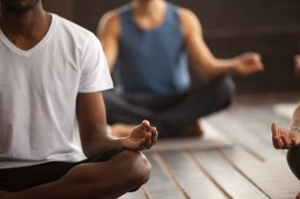 8-Mini-Meditations-to-Banish-Stress-From-Your-Brain-3